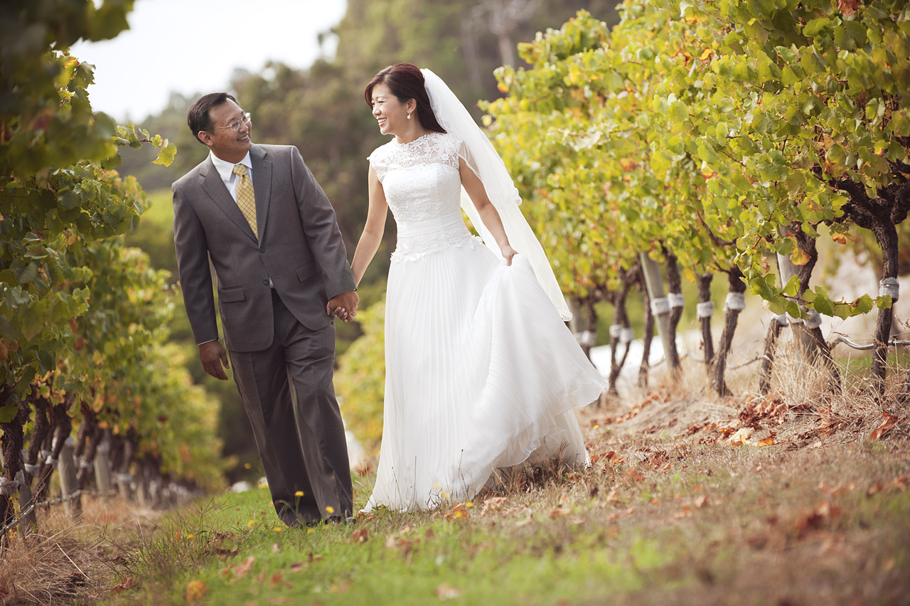 prewedding at perth vineyard