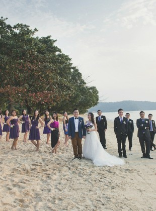 Beach wedding photographer at Thistle Porti Dickson by Glance Photography Studio