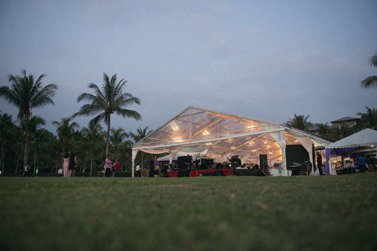Beach Wedding Photographer Malaysia by Glance Photography Studio