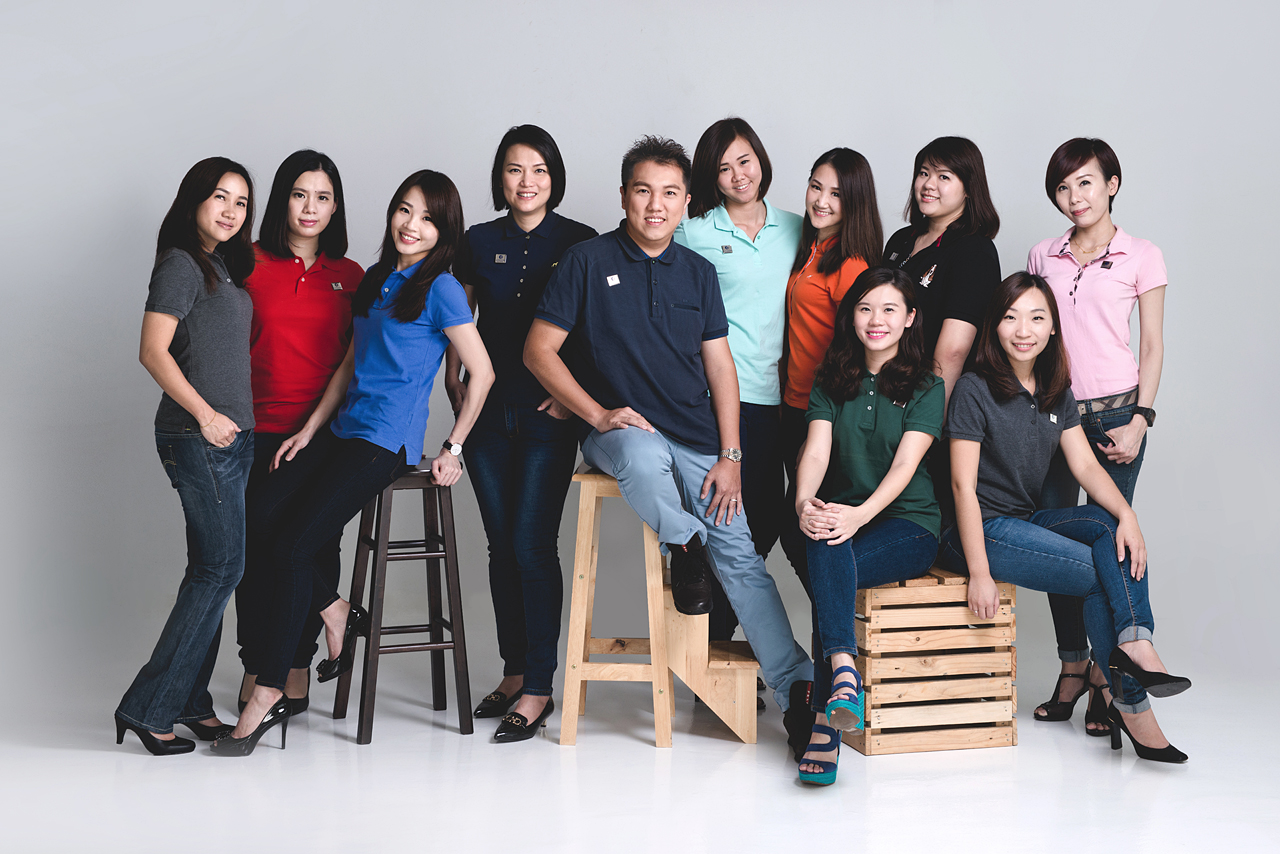 Corporate Group Portrait by Glance Photography Studio